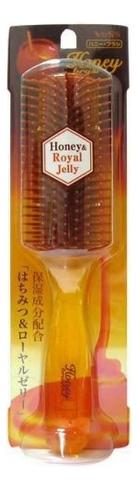 Щетка массажная для увлажнения и придания блеска волосам с медом и маточным молочком Honey Royal Jelly vess щетка массажная для увлажнения и придания блеска волосам с мёдом и маточным молочком пчел 721113