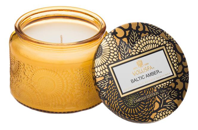 Ароматическая свеча Baltic Amber (смола и дерево): свеча в маленьком стеклянном подсвечнике 90г автодиффузор для автомобиля baltic amber балтийский янтарь