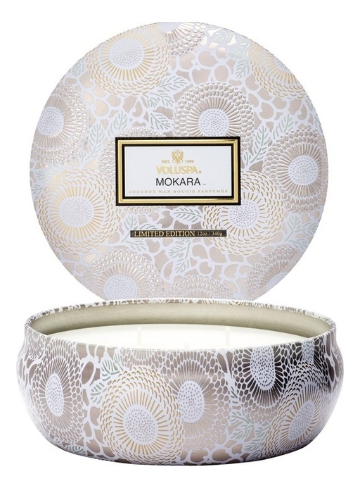 Ароматическая свеча Mokara (орхидея и белая лилия): свеча в алюминиевом подсвечнике с 3 фитилями 340г ароматический спрей для дома и тела mokara 100мл орхидея и белая лилия
