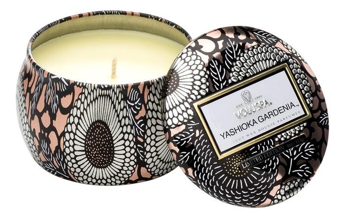 Ароматическая свеча Yashioka Gardenia (гардения и тубероза): свеча в декоративном подсвечнике 113г ароматический спрей для дома и тела yashioka gardenia 100мл гардения и тубероза