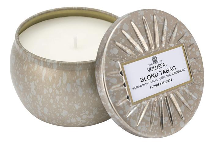 Фото - Ароматическая свеча Blond Tabac (теплый табак): свеча в декоративном подсвечнике 127г ароматическая свеча какао и табак свеча 250г