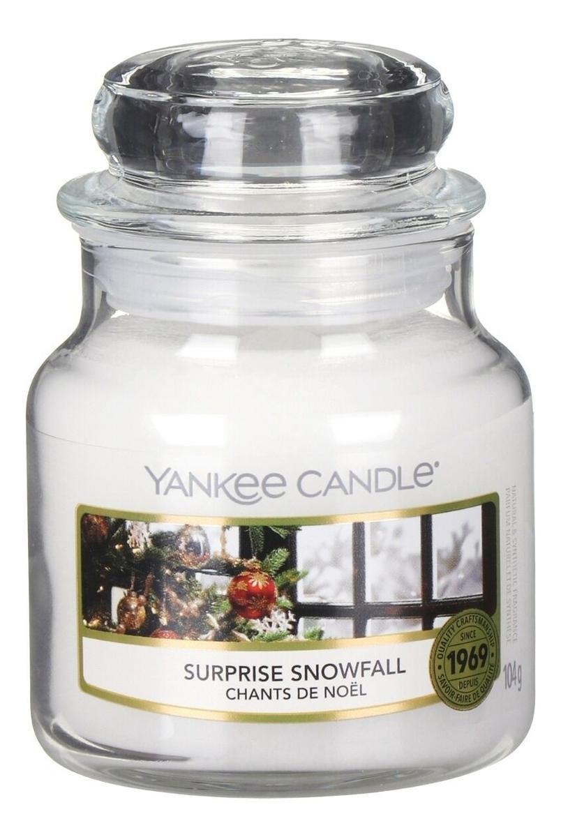 Ароматическая свеча Surprise Snowfall: Свеча 104г ароматическая свеча vibrant saffron свеча 104г