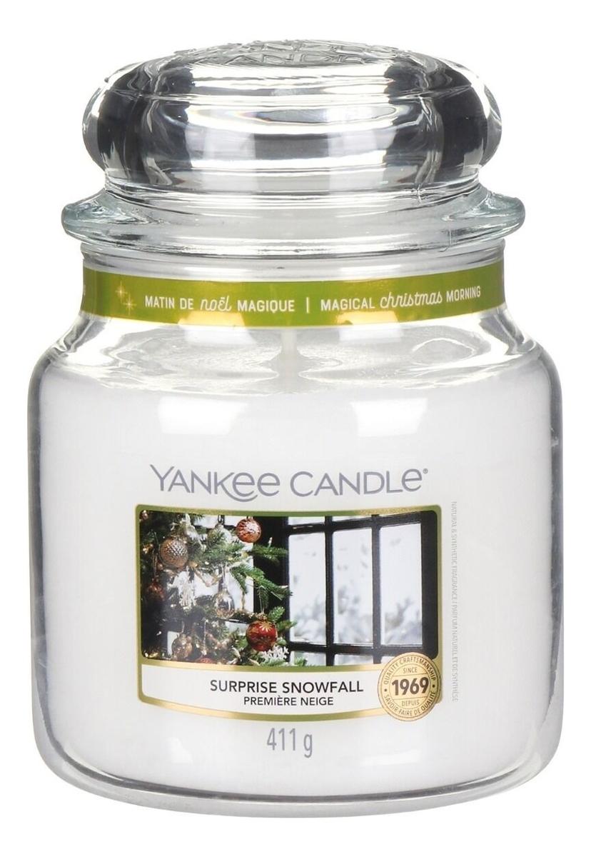Купить Ароматическая свеча Surprise Snowfall: Свеча 411г, Yankee Candle